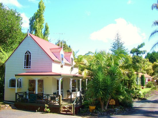 Palm Grove Cottages