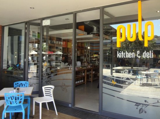 Pulp kitchen and deli cape town central shop 76 for Kitchens cape town