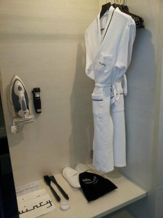 The Quincy Hotel by Far East Hospitality:                   Well equipped