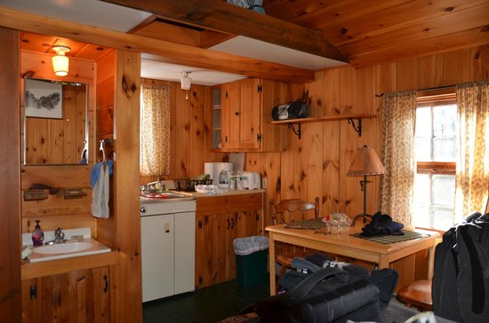Mt. Van Hoevenberg Bed & Breakfast:                   Cabin with double bed