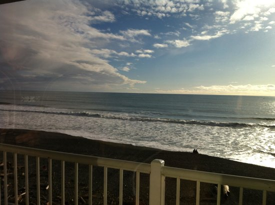 BEST WESTERN PLUS Beachfront Inn:                   View from 331
