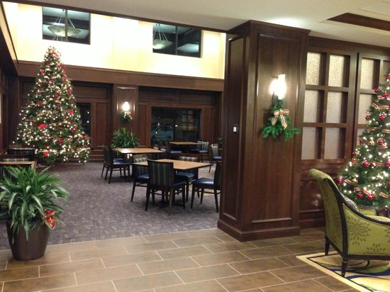 Holiday Inn Express Hotel & Suites Wilmington-Newark:                   Looking into one entrance of the Great Room