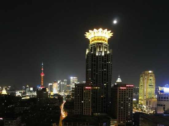 Salvo Hotel Shanghai:                   View from our room