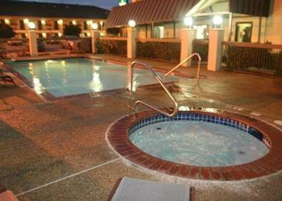 Hampton Inn Weatherford : Pool