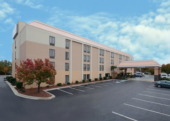 Photo of BEST WESTERN PLUS University Inn Wilmington