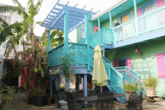 Creole Gardens Guesthouse Bed &amp; Breakfast: balcony