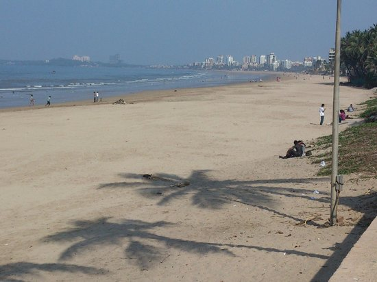 Sun-n-Sand Hotel, Mumbai:                   Juhu beach