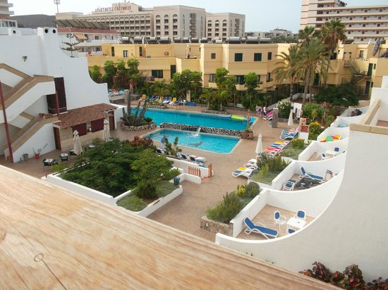 View from the room picture of las piramides playa de for Kube hotel london