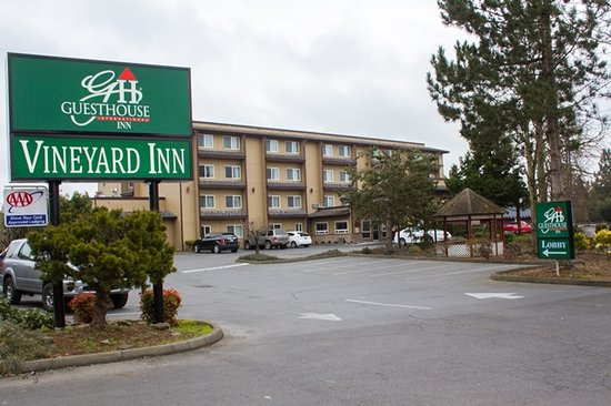 Photo of Vineyard Inn Motel McMinnville