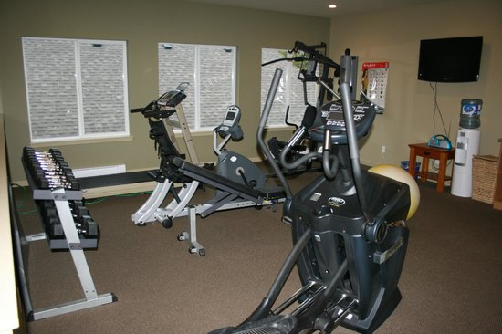 Long Beach Lodge Resort:                   weight/exercise room
