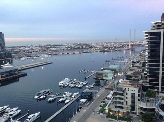 Grand Mercure Docklands:                   Great views