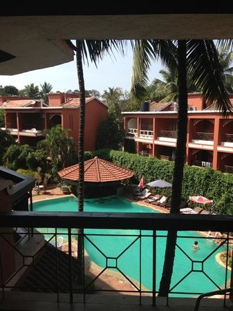 The Baga Marina :                   pool from 2nd floor