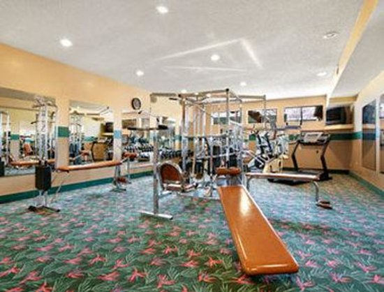 Days Inn Salem: Fitness Room
