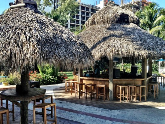 The Palms Hotel & Spa: Tikibar