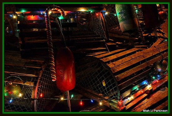 York, ME: Lobster Traps Christmas Style