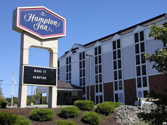 Hampton Inn Boston - Peabody: Exterior