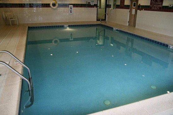 Hampton Inn Medina: Indoor Pool