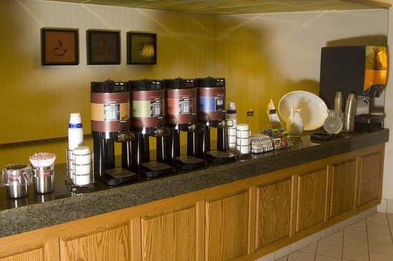 Hampton Inn Cape Girardeau: Coffee Zone
