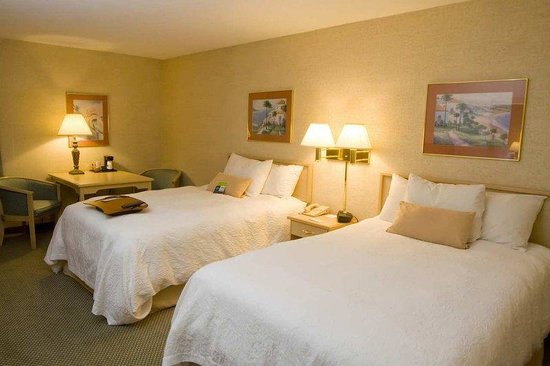 Hampton Inn Cape Girardeau: Two Double Bedroom