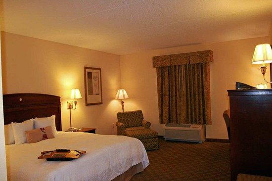 Hampton Inn & Suites Cashiers-Sapphire Valley: Accessible King Room