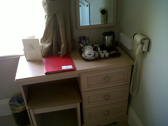 Riviera Lodge Hotel Torquay:                   Small but clean