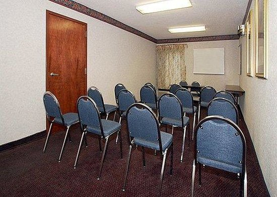 Comfort Inn Near High Point University: Meeting Room