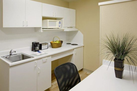 Extended Stay America - Greenville - Airport: Fully-Equipped Kitchens