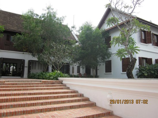 Victoria Xiengthong Palace: Hotel buildings