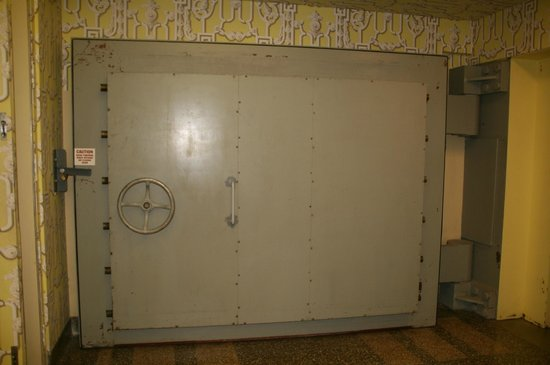 Greenbrier Government Relocation Facility:                   The hidden in plain view door unlocks the bunker trip