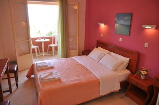 Photo of Penelope Hotel Messonghi