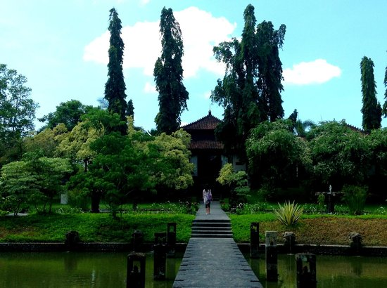 The Chedi Club Tanah Gajah a GHM Hotel:                   Amazing grounds, you have to see it to believe it.