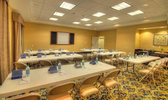 Hampton Inn West Jefferson: Meeting Room Set Up
