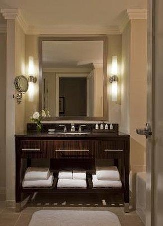 Loews Atlanta Hotel: Bathroom