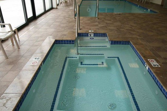 Hampton Inn &amp; Suites Wilkes-Barre: Indoor Jacuzzi
