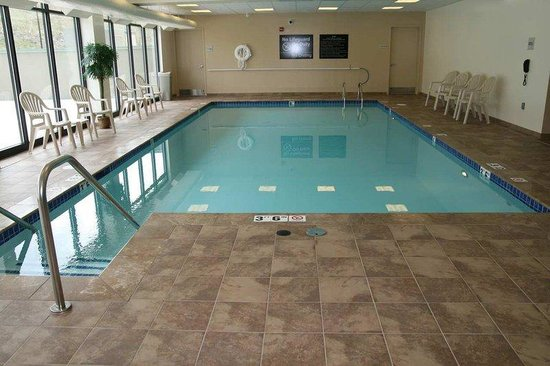 Hampton Inn &amp; Suites Wilkes-Barre: Indoor Pool
