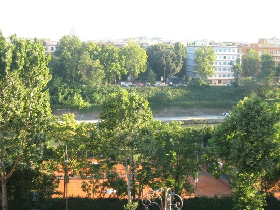 BEST WESTERN Hotel Astrid: View of Tiber