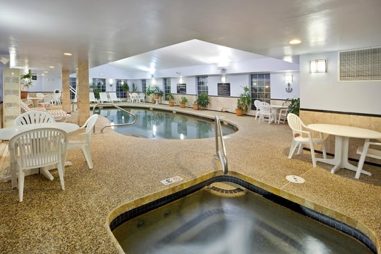 Hampton Inn Sturbridge: Pool Area