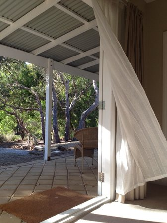 Llewellin's Guest House:                   Afternoon sea breeze.