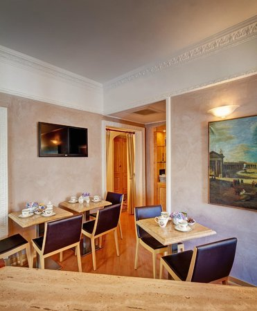 Residenza RomaCentro: Breakfast Room