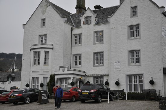 Ardrishaig, UK:                   Hotel Front Entrance