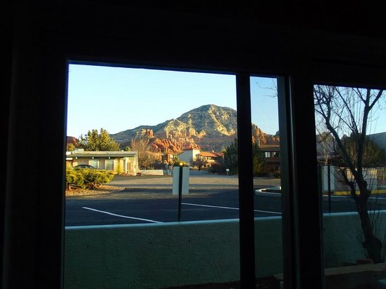 Whitehouse Inn: View through our sliding glass door.