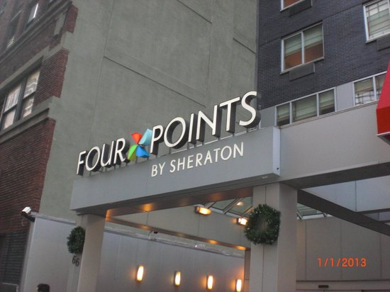 Four Points by Sheraton Manhattan SoHo Village:                   Frente do hotel