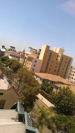 Motel 6 Los Angeles - Hollywood :                   from  the  top floor