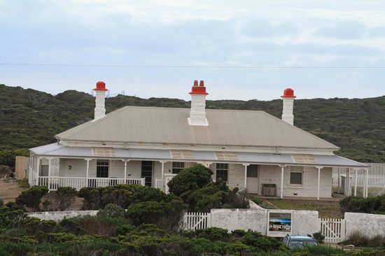 Cape Nelson Lighthouse Cottages