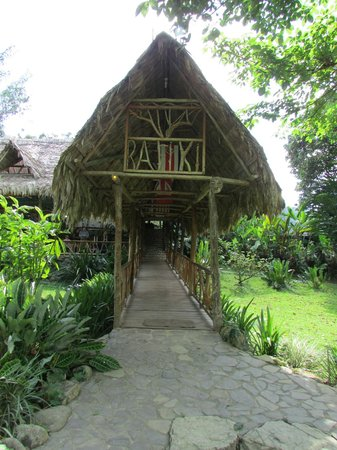 Rafiki Safari Lodge: fascinating place!
