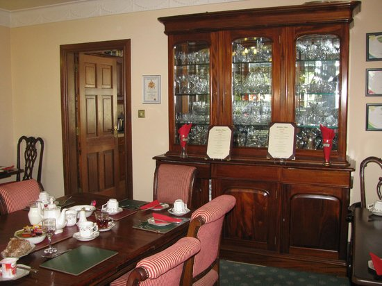 Marless House Bed & Breakfast: Dining room