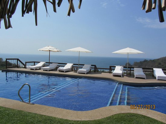 Hotel Punta Islita:                   View from The Dinning Room to Pool and Pacific