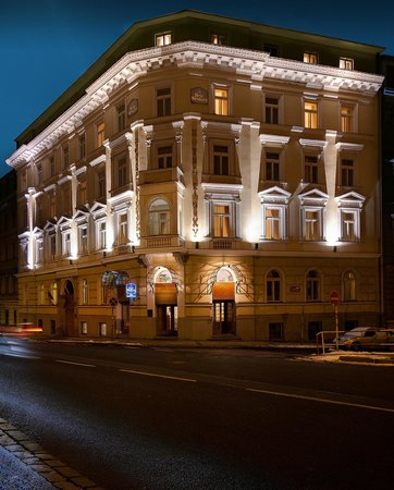 Best western hotel kinsky garden prague hotel reviews for Top hotel prag