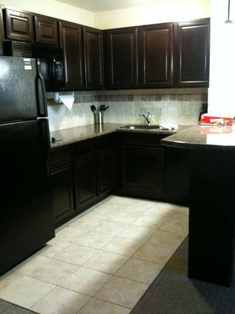 Staybridge Suites West Fort Worth:                   kitchen area