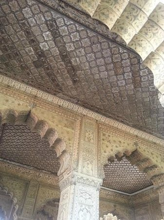 Mughal architecture lucknow renaissance architecture mughal architecture on diwan i aam architecture picture of red fort lal quila new malvernweather Choice Image
